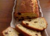 Cake à la banane et aux raisins secs