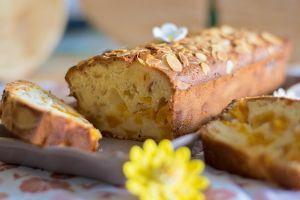 Cake pêches amandes réduits  (5)