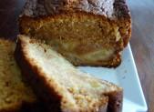 Cake fondant aux pommes et caramel au beurre salé