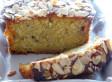 Cake à la rhubarbe et aux amandes