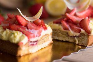Tarte aux fraises et crème aux citron réduites  (10)