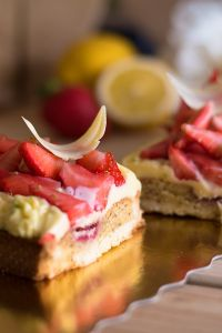 Tarte aux fraises et crème aux citron réduites  (11)